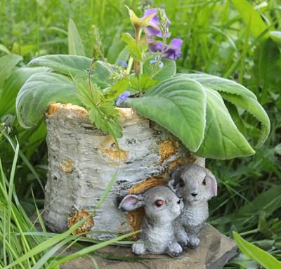 Кашпо пень с зайцами - фото 5062