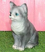 Котенок малый серый