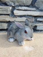Заяц лежачий м2